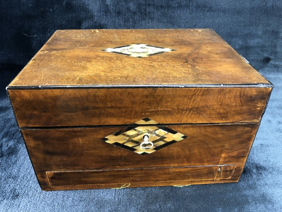 Lot 144 - Inlaid wooden vanity box with fittings