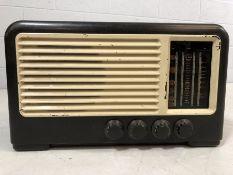 Black and white vintage radio