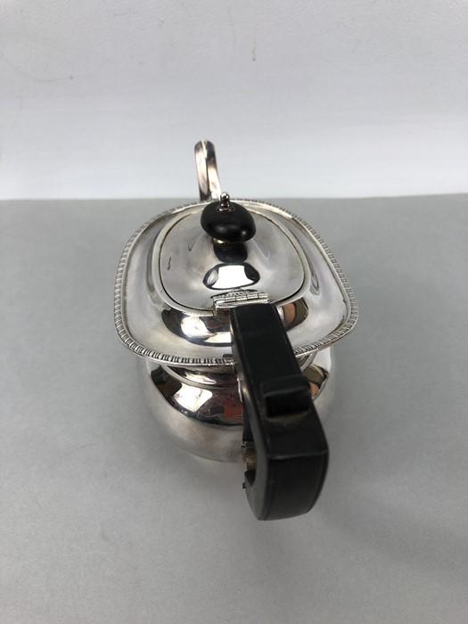 Silver Hallmarked Edwardian Teapot Birmingham 1903, Williams (Birmingham) Ltd approx. 407g - Image 3 of 6