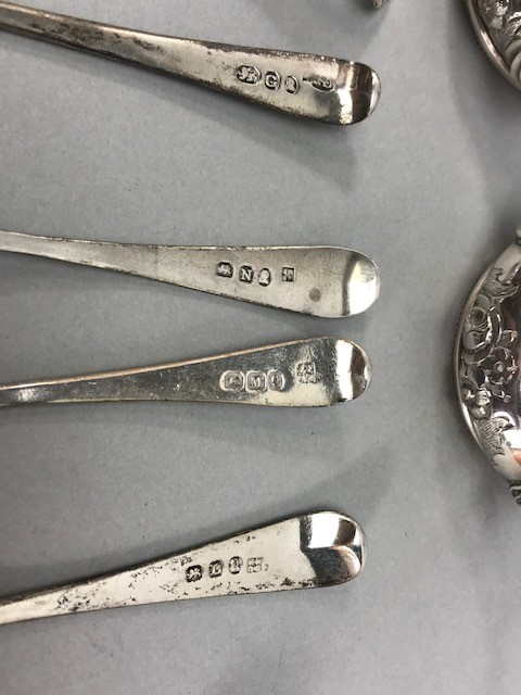 Collection of Hallmarked Silver items to include some Georgian spoons, Sugar nips, salts etc - Image 9 of 14