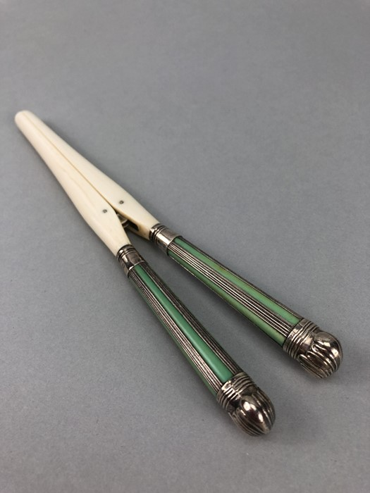 Pair of Glove Stretchers Edwardian Silver and Ivory Sheffield 1902, maker GH Harrison Brothers &