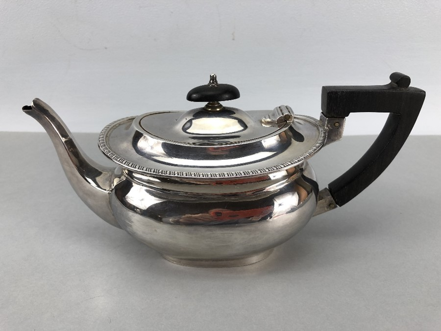 Silver Hallmarked Edwardian Teapot Birmingham 1903, Williams (Birmingham) Ltd approx. 407g