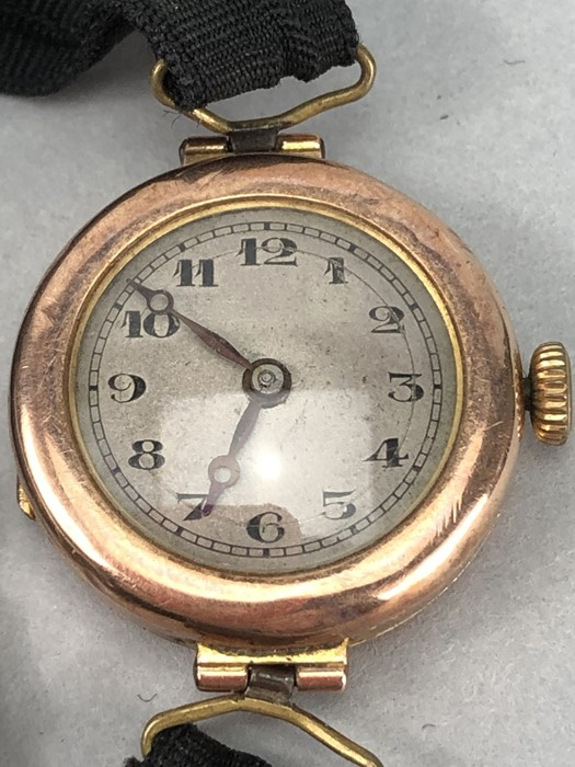 9ct Rose Gold ladies watch with Roman numerals and a fabric strap (total weight 14g) - Image 2 of 4