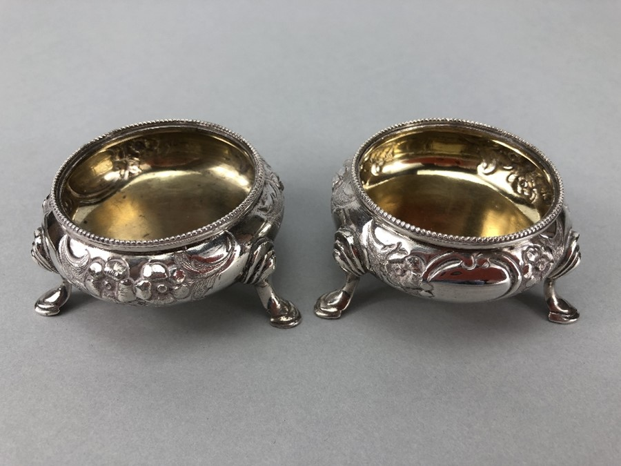 Collection of Hallmarked Silver items to include some Georgian spoons, Sugar nips, salts etc - Image 11 of 14