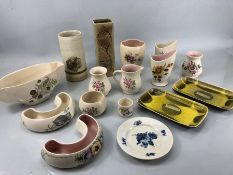 Collection of Pottery to include Honiton and Axe Vale Pottery