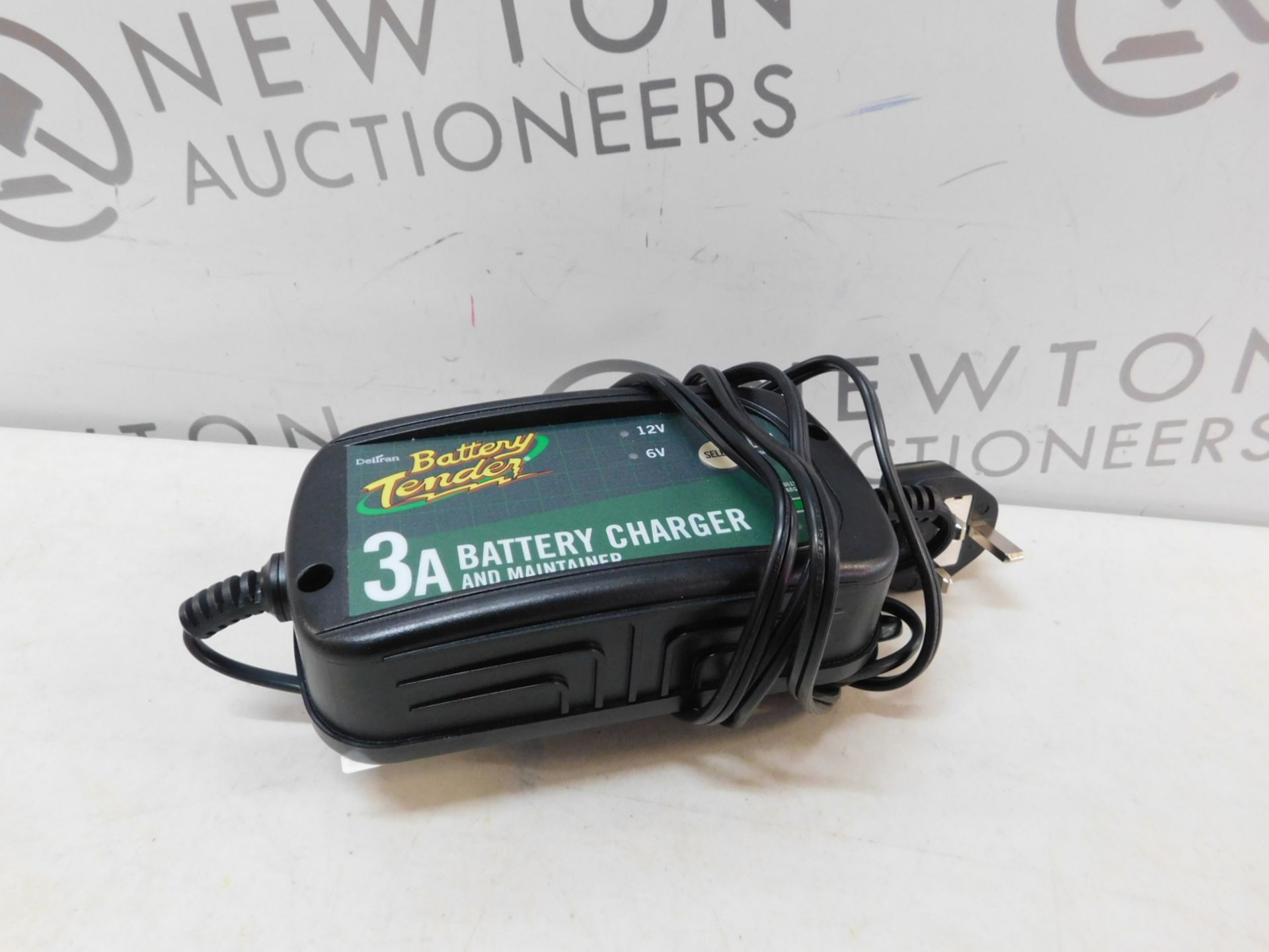 Lot 382 - 1 BATTERY TENDER 6V/ 12V BATTERY CHARGER AND MAINTAINER RRP £49.99