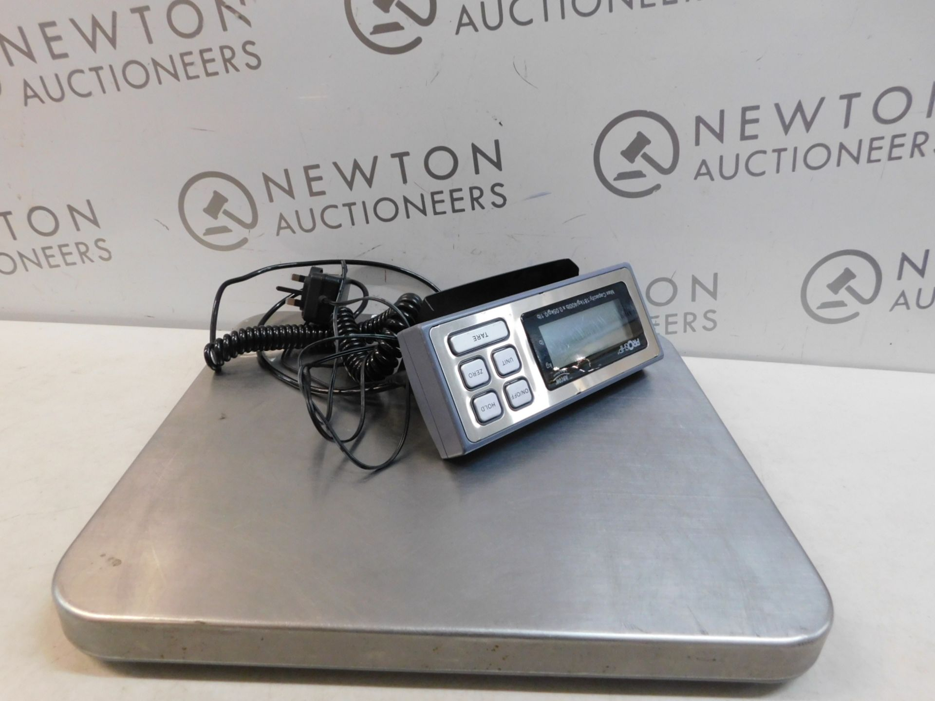 Lot 194 - 1 ABCON PROSHIP LARGE HEAVY DUTY ELECTRONIC SCALE (181KG/ 400LBS CAPACITY) RRP £129.99