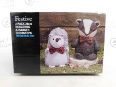 1 BRAND NEW BOXED FESTIVE PLUSH 2PK 26CM HEDGEHOG & BADGER DOORSTOPS RRP £39.99