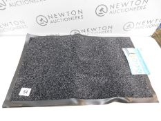 2 RUBBERISED ENTRANCE MATS RRP £22.99