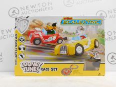 1 BOXED MY FIRST MICRO SCALEXTRIC LOONEY TUNES SLOT RACING SET RRP £49.99