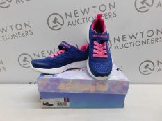 1 BOXED PAIR OF SKECHERS KIDS NAVY/ PINK TRAINERS SIZE 4 RRP £39.99