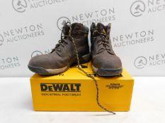 1 PAIR OF DEWALT MASON MENS UK SIZE 11 STEEL TOE CAP BOOTS RRP £79.99