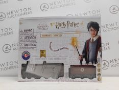 1 BOXED LIONEL HARRY POTTER HOGWARTS EXPRESS READY TO PLAY TRAIN SET RRP £139