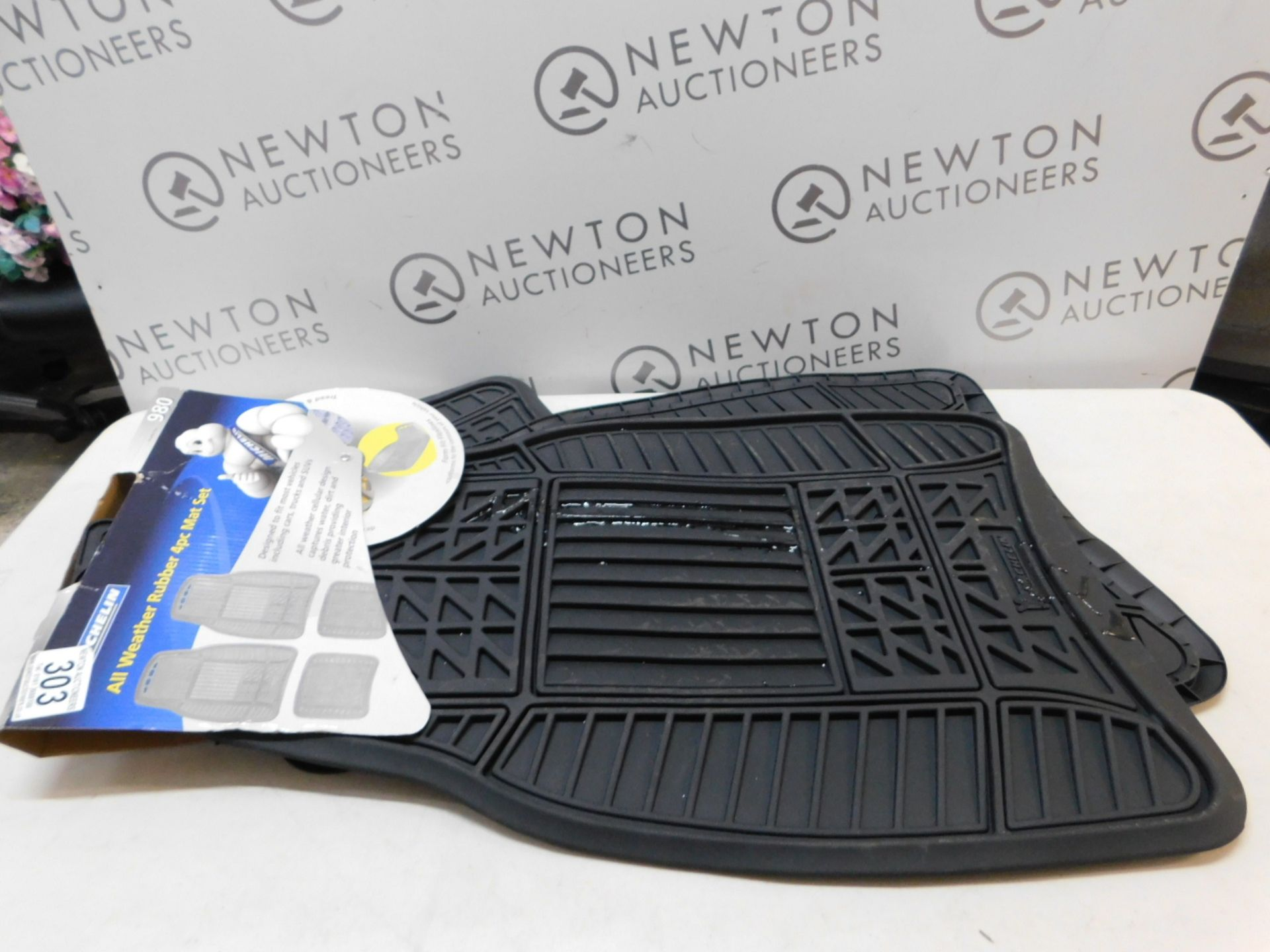 Lot 303 - 1 SET OF 4 MICHELIN ALL WEATHER RUBBER CAR MATS RRP £39.99