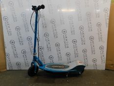 1 RAZOR POWER CORE E200 BLUE ELECTRIC SCOOTER RRP £239.99 (NO CHARGER, 1 CUT CABLE)