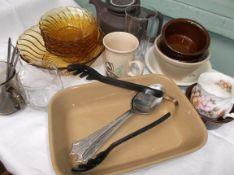 Magpie lot incl. amber glass fruit set, stoneware tea-pot etc.