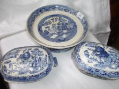 Circular willow patterned stilton cheese dish and 2 lidded sauce boats