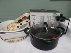 Cooking utensils and accessories incl.