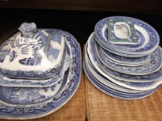 Selection of blue and white willow pattern ware incl.