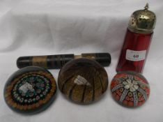Collectors lot of 3 decorative paperweights,