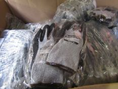 6x Pairs of heavy duty work gloves, new.