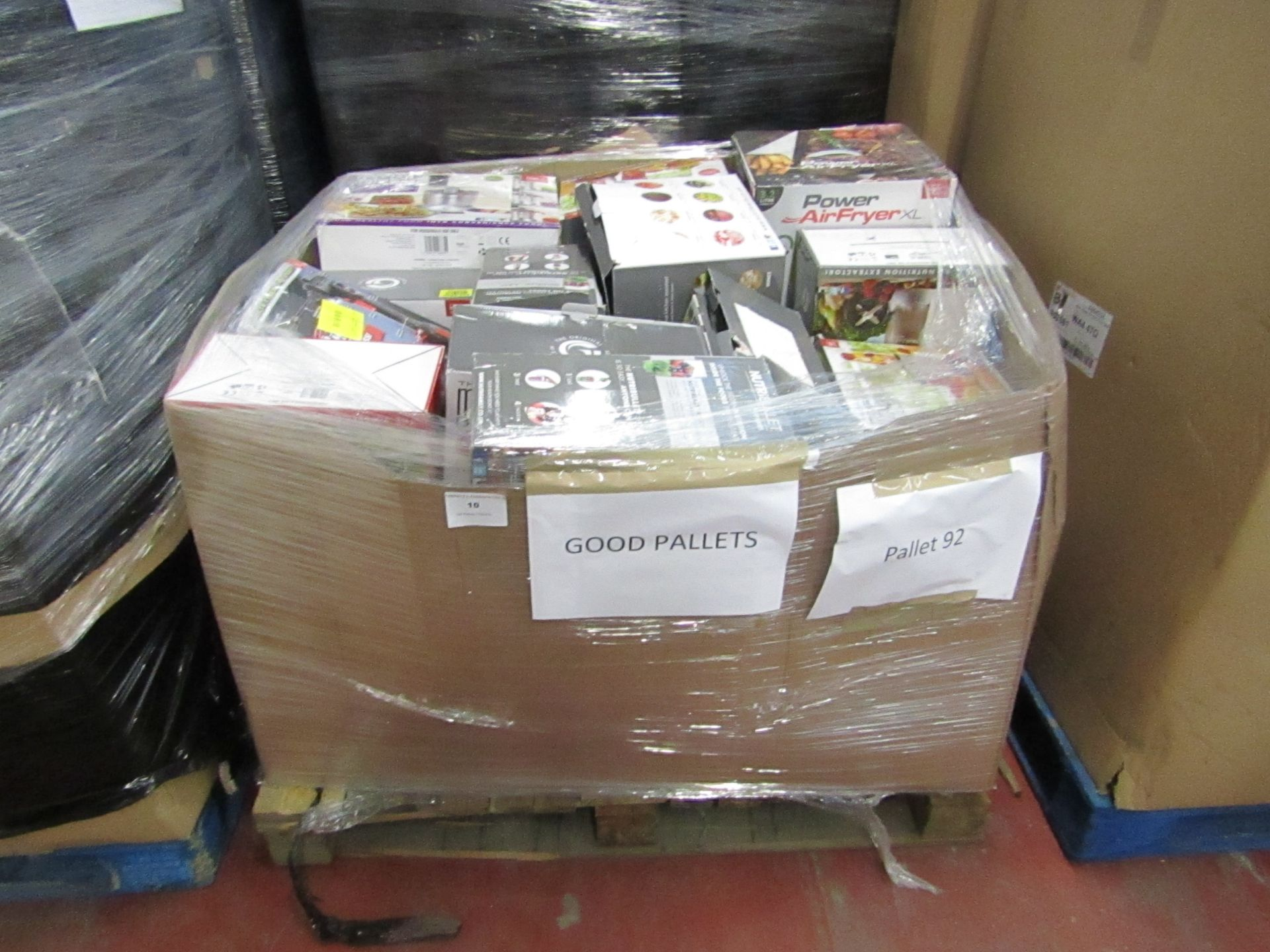 Lot 10 - | APPROX 28X | THE PALLET CONTAINS NUTRI BULLETS, AIR FRYER XL'S, AIR HAWK AND MORE | BOXED AND