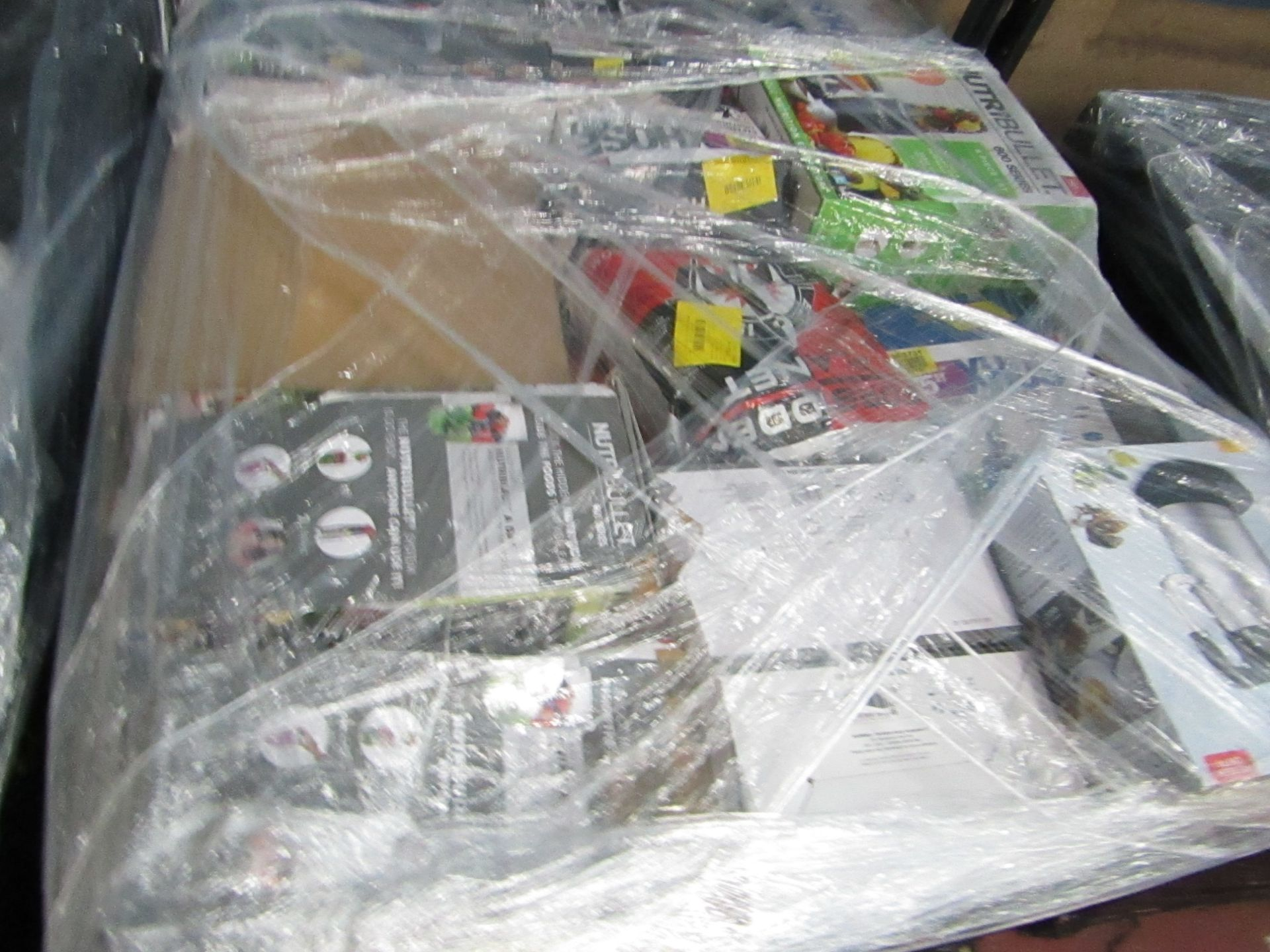 Lot 24 - | APPROX 34X | THE PALLET CONTAINS NUTRI BULLET, AIR FRYER XL'S, AIR HAWK AND MORE | BOXED AND