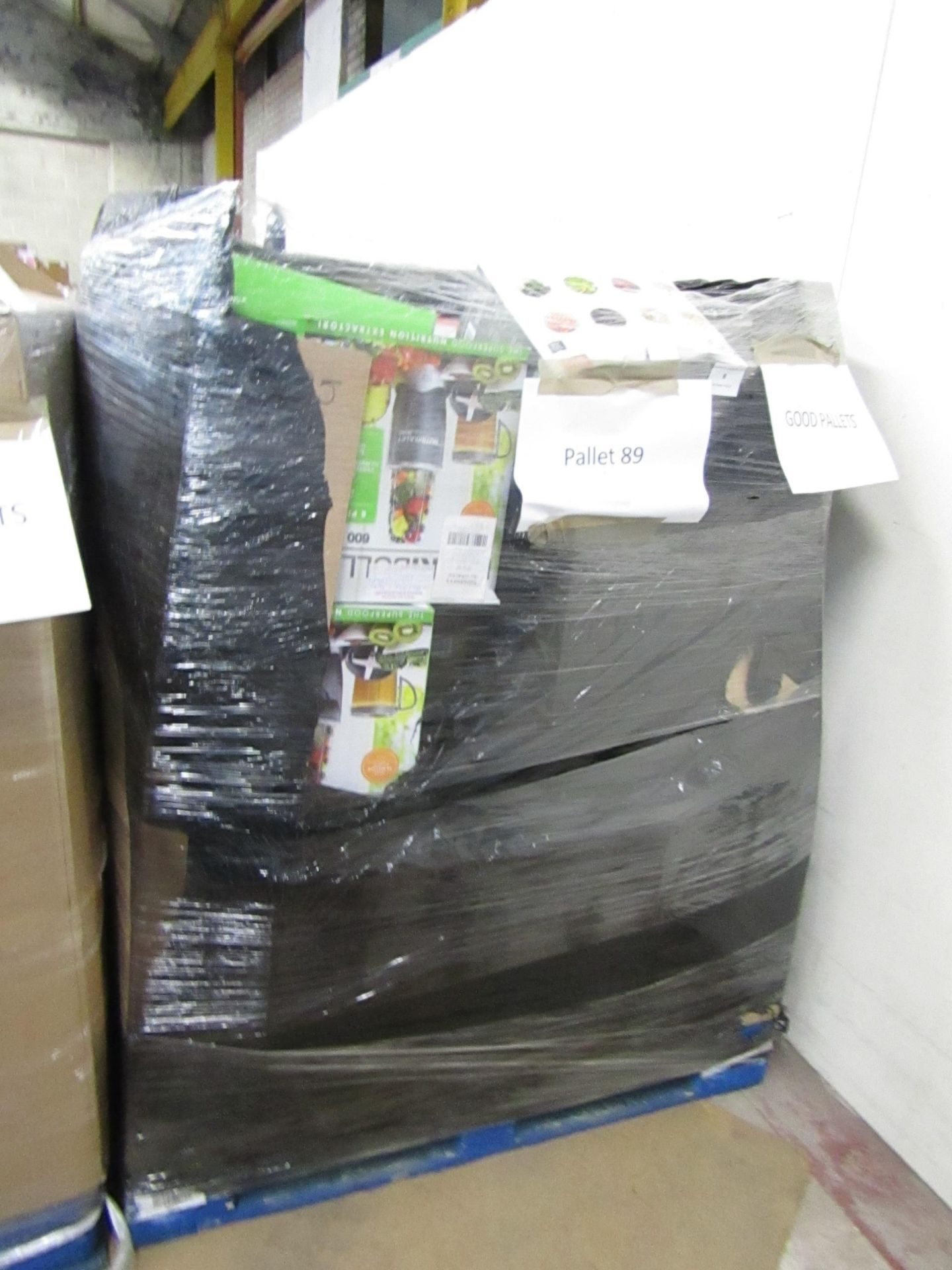 Lot 8 - |APPROX 52X | THE PALLET CONTAINS NUTRI BULLETS, AIR HAWKS, AIR FRYER XL'S, RED COPPER CHEFS, X