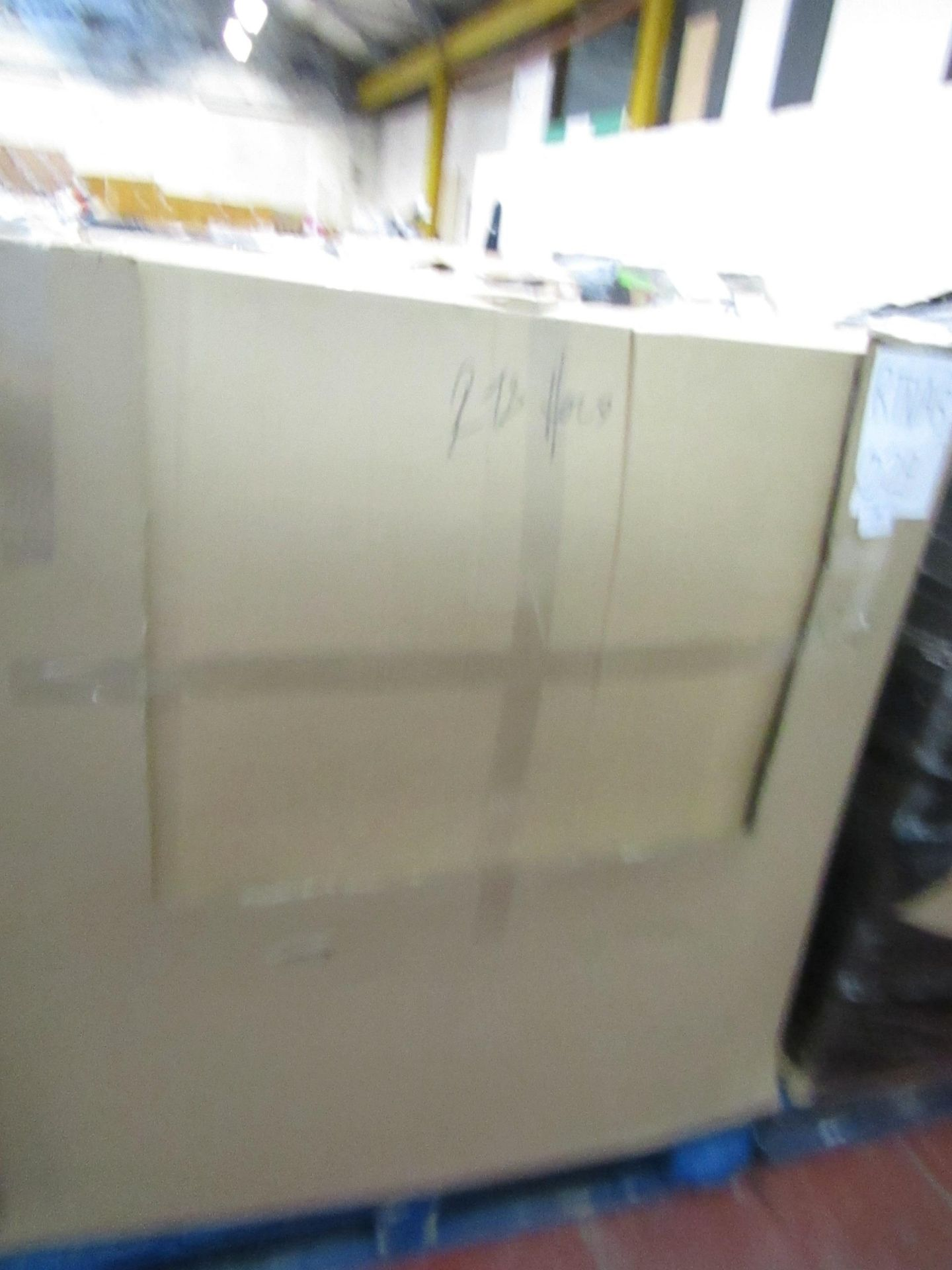 Lot 20 - | 34X | THE PALLET CONTAINS VARIOUS SIZED YAWN AIR BEDS | BOXED AND UNCHECKED | NO ONLINE RE-