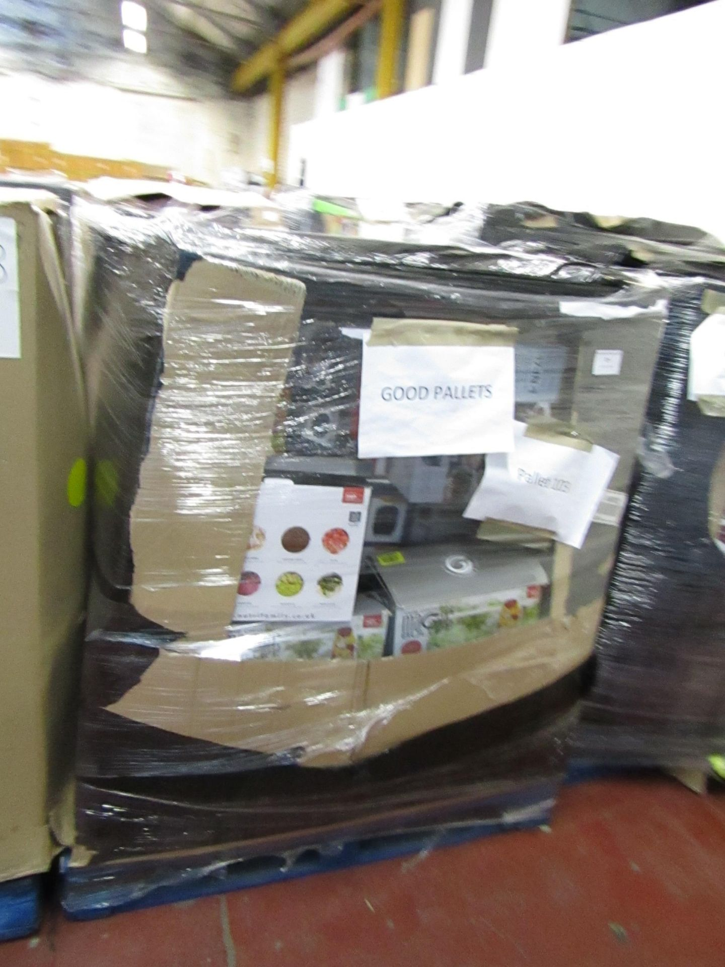 Lot 21 - | APPROX 35X | THE PALLET CONTAINS NUTRI BULLET, AIR FRYER XL'S, AIR HAWK AND MORE | BOXED AND