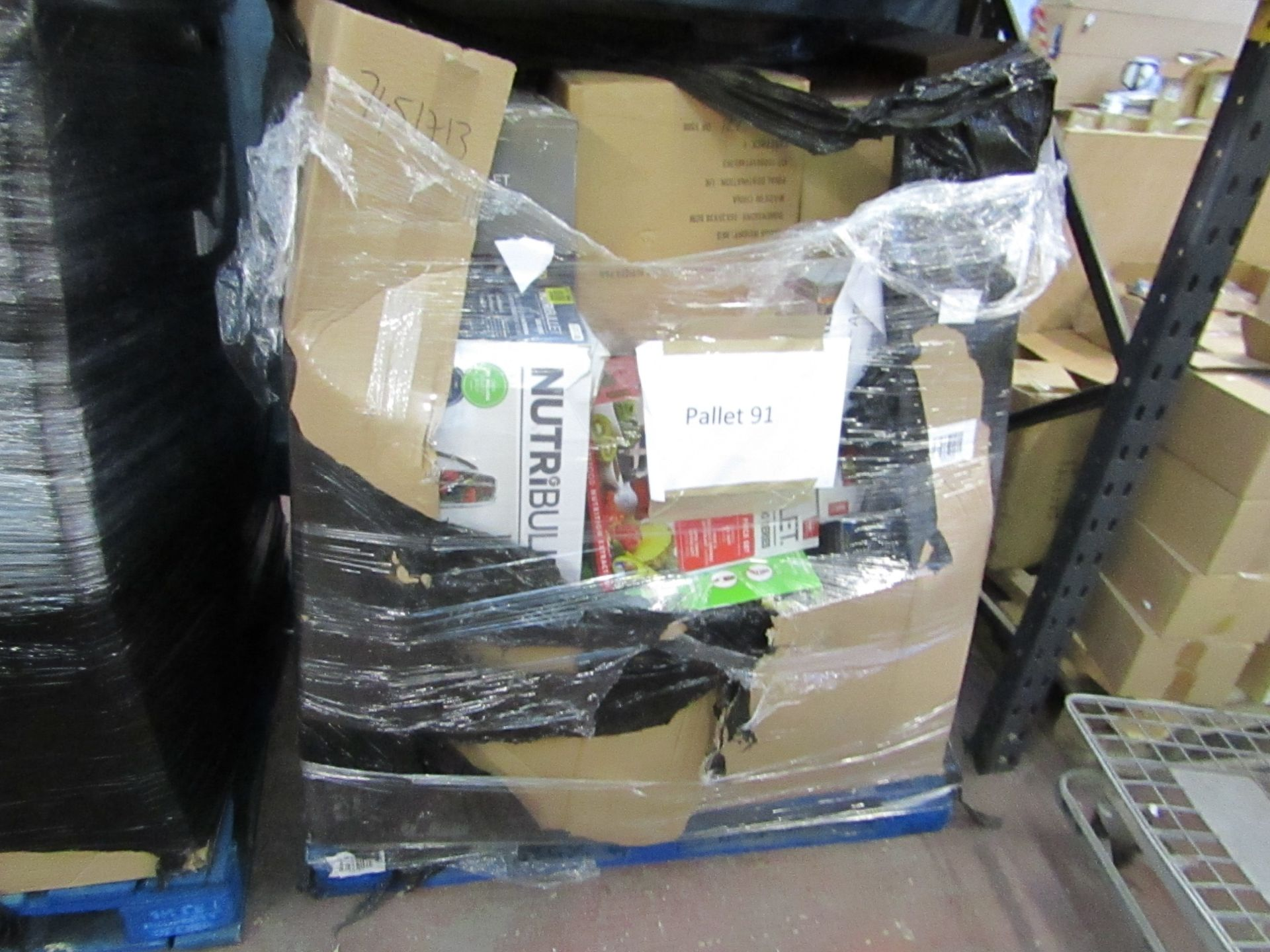 Lot 28 - | APPROX 34X | THE PALLET CONTAINS NUTRI BULLET, AIR FRYER XL'S, AIR HAWK AND MORE | BOXED AND