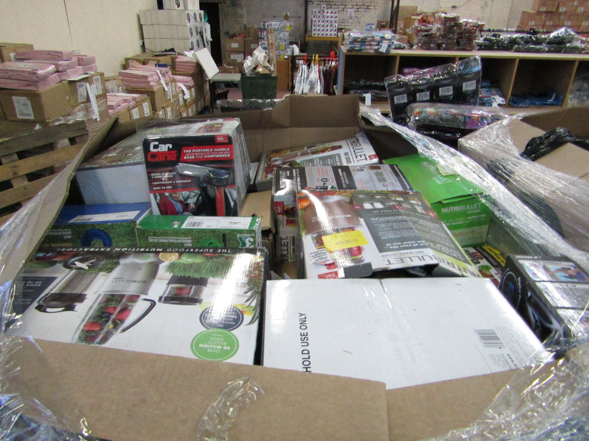 Lot 1 - |APPROX 55X | THE PALLET CONTAINS NUTRI BULLETS, AIR HAWKS, AIR FRYER XL'S, RED COPPER CHEFS, X