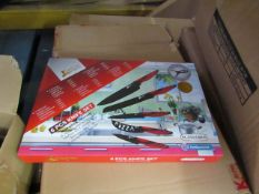 6 piece Knife Set. New & Boxed