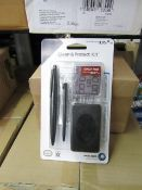 Box of 32 Nuntendo DS Clean & Protect Kits. Brand new & Boxe