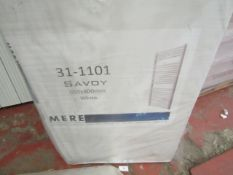 Mere Savoy 650x400mm White Towel Rail - New.