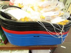 5x Various coloured sledges, collurs picked at random, new.