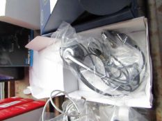 2.5mm Universal headphone adaptor, untested and boxed.