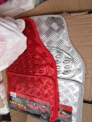Box of 18x Just Essentials set of 4 car mat, colours very between Silver, red and Blue Metallic, new