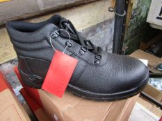 Centek Black Steel Toe Cap Boot size 8 new & boxed