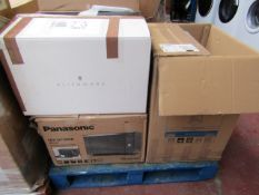3x Salvage Items Being : Panasonic - NN-DF386B - Boxed, Other 2 Items Brands Unknown, All Glass