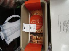 2 x Non Stick Insulated Loaf Pans. New with tags
