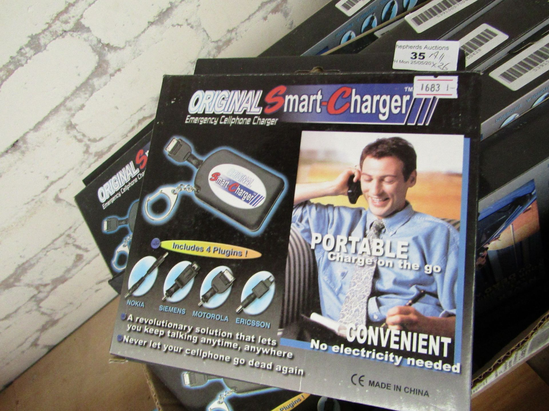 Lot 35 - 26 x Original Smart Chargers. Boxed