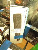 Logitech Slim Combo MK470 Quiet Keyboard & Mouse. Untested and F8 key is loose. Boxed. RRP œ54.98
