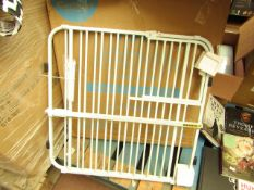 Carlson Expandable Gate With Small pet Door. Looks Unused & Boxed
