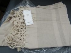   1X   H&M HOME LINEN BLEND THROW 130X170CM IN LIGHT BEIGE, UNUSED AND BAGGED,   RRP £39.99  