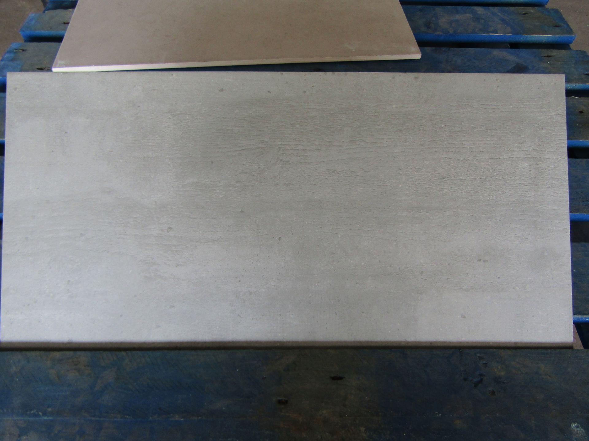 Pallet of 40x Packs of 5 Sherwood smoke Matt finish 300x600 wall and Floor Tiles By Johnsons, New,
