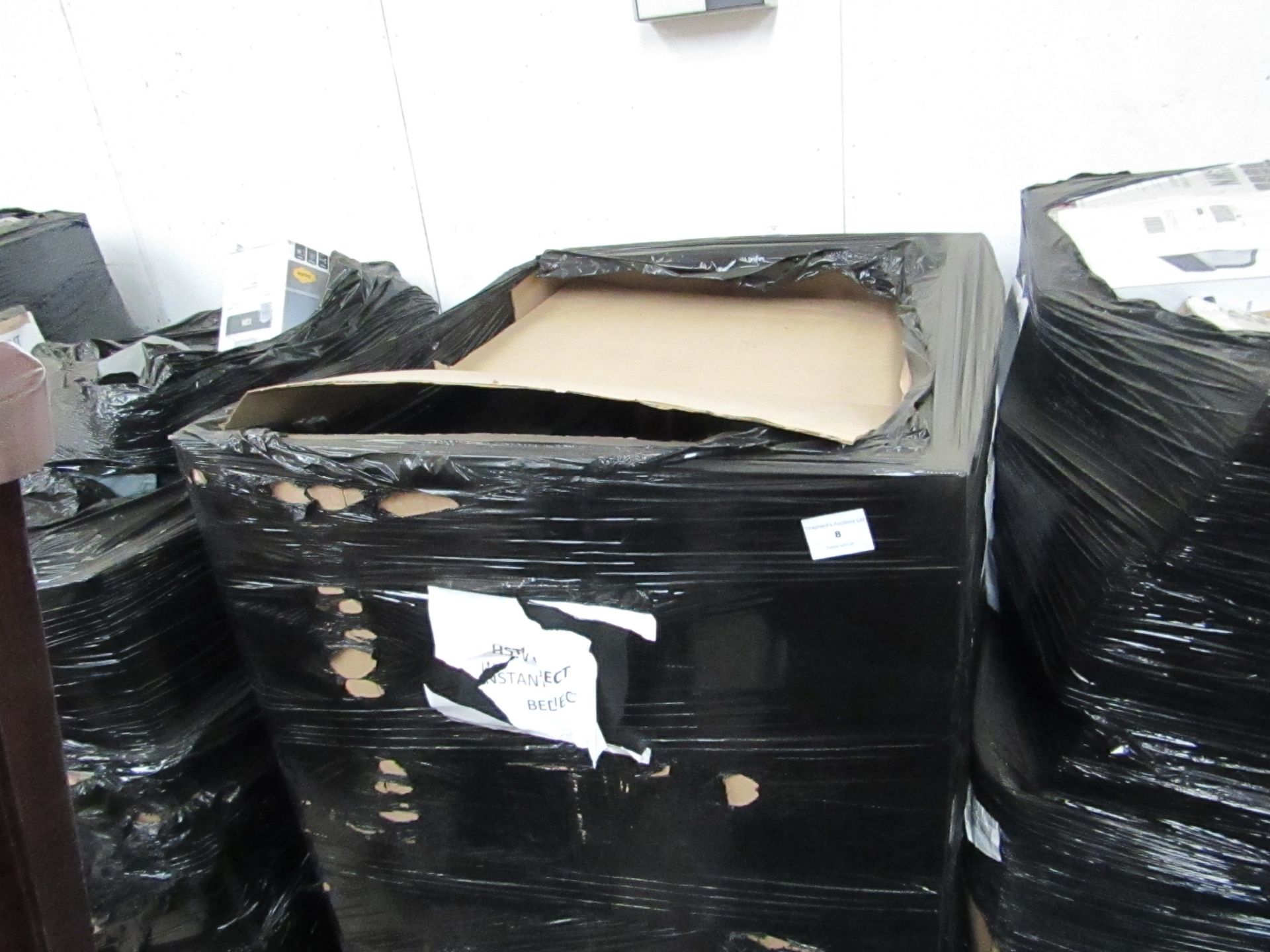   1X   UNMANIFESTED PALLET OF APPROX MIXED YAWN AIR BEDS, TYPICALLY A PALLET CONTAINS BETWEEN 25 AND