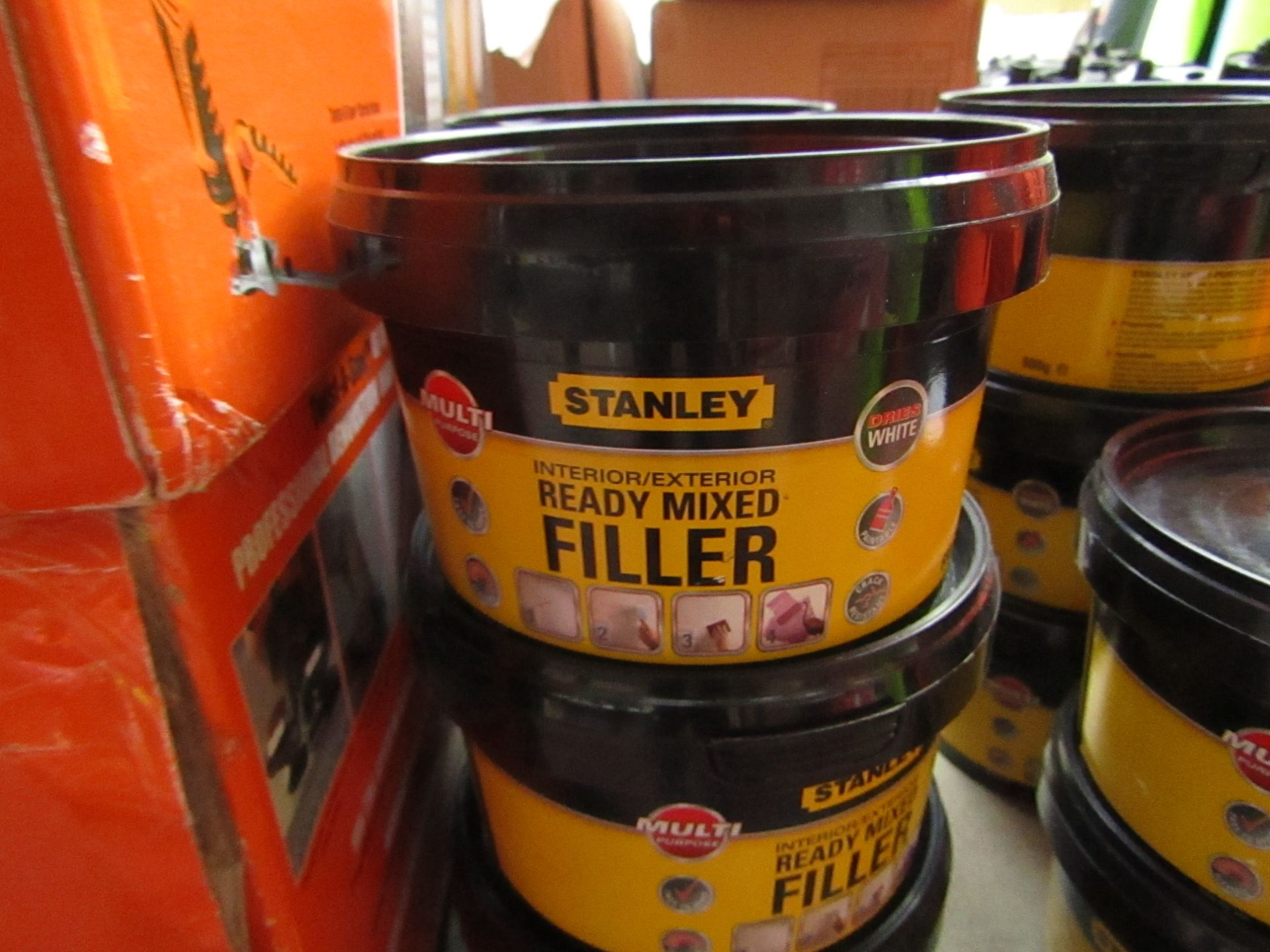 Lot 56 - 6x 600g tubs of Stanley Multi Purpose ready Mixed Interor and Exterior filler, new