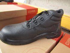 Centek Black Steel Toe Cap Boot size 11 New & Boxed.
