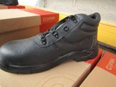 Centek Black Steel Toe Cap Boot size 10 New & Boxed.